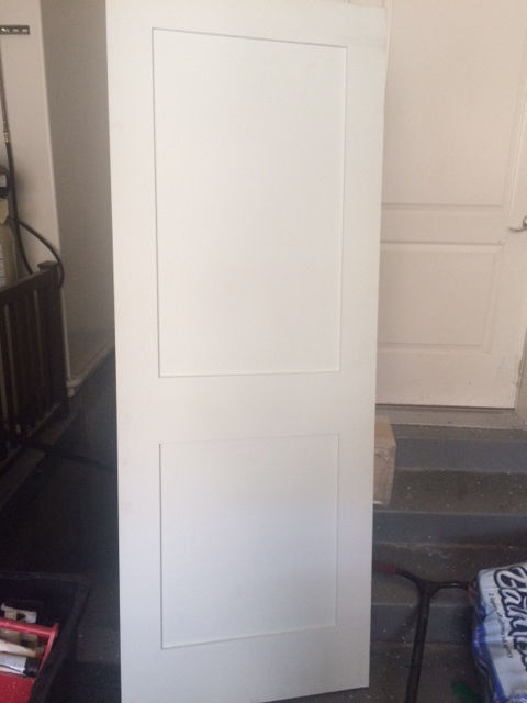 PRIMED WHITE INTERIOR 2 PANEL SHAKER MISSION STYLE INTERIOR DOOR IN 1014